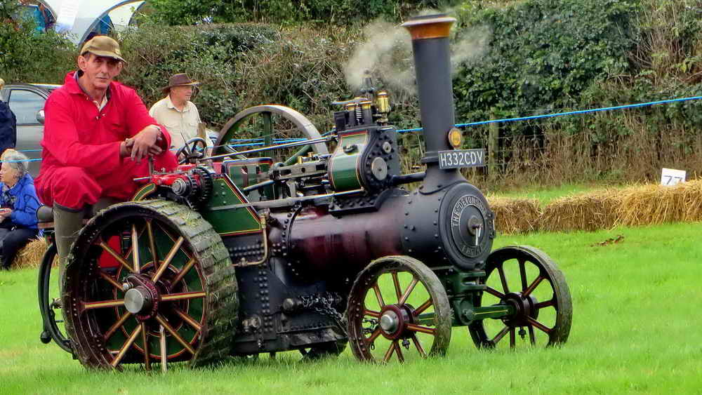 Half-size model of the Burrel Agricultural Traction Engine.