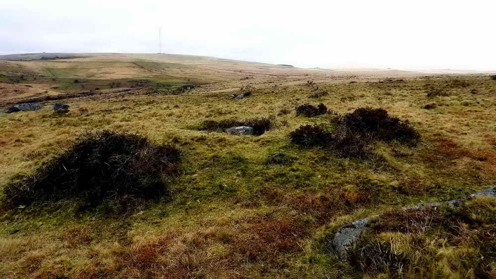 Ingra Tor cairn and cist.