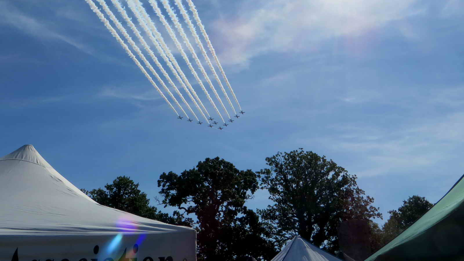 Red Arrows, departing over the DPA gazebo