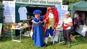Mr. & Mrs. Town Crier, from Dartmouth.
