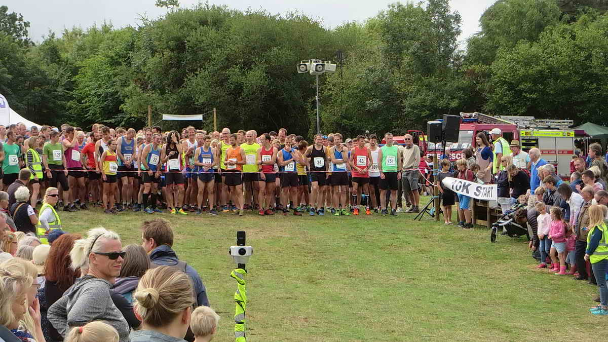 Lining up at the start of the 10k race