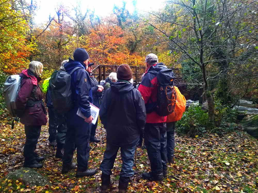 Peter telling the story of the old and new bridges. Photo: Sylvia Hamilton