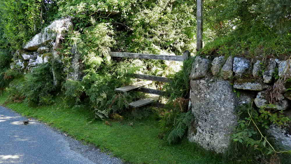 Stile next to the gatehanger stone